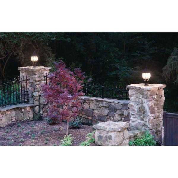 Maximize Your Outdoor Lighting for a Worry-Free Vacation